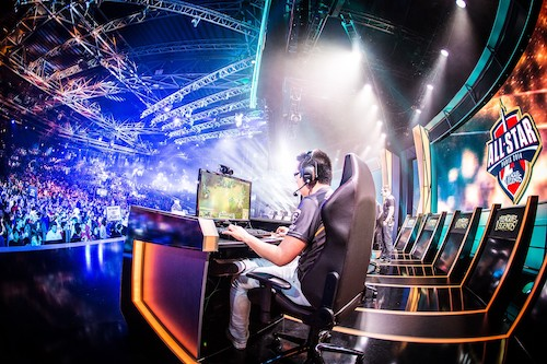 THE TOUGHEST E-SPORTS TOURNAMENTS FOR PRO GAMERS