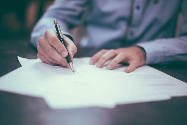 E-sports and the law: Always be keen when signing contracts